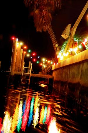 Holidays on the Harbor, Holiday Light Canal Tours with King Fisher Fleet