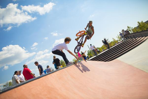 Beaumont tx parks skate parks playgrounds dog parks for Downtown motors beaumont texas