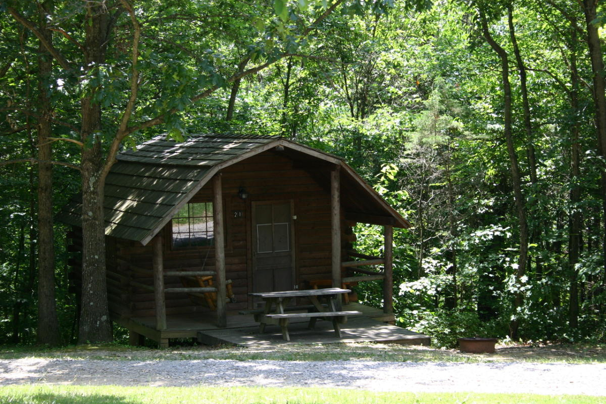 Lake monroe village for Cabins near bloomington indiana