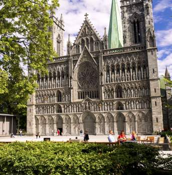 Family outside the Nidaros Cathedral, Trondheim
