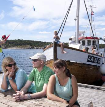 Grimstad-Badebåt-Norway