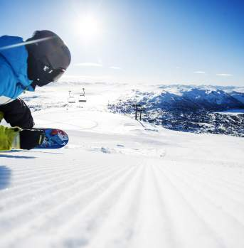 Snowboarding at Hovden Alpine Centre