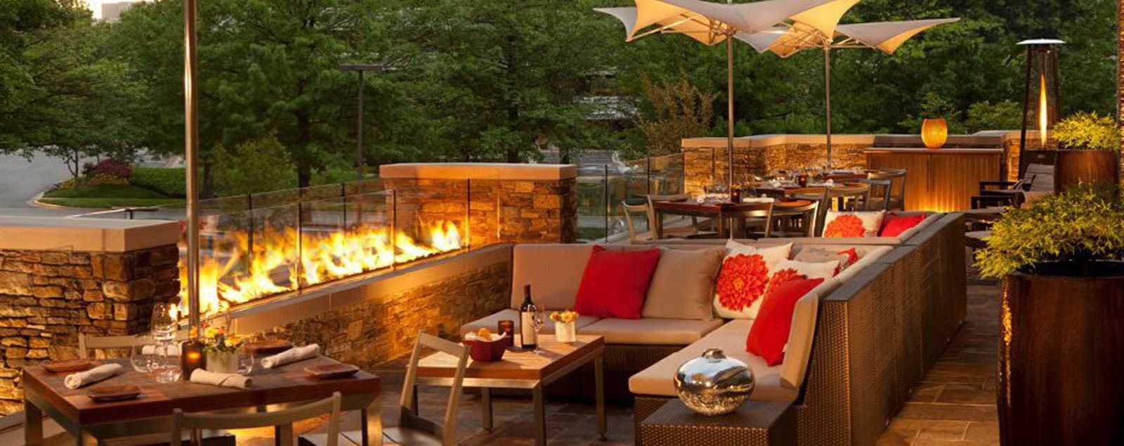 Outdoor dining restaurants with patios fairfax county for Restaurants with outdoor seating