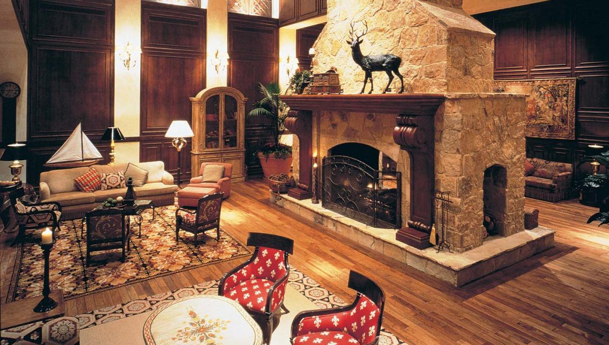 Car Spa Houston: Classic Hotels In Houston, Texas