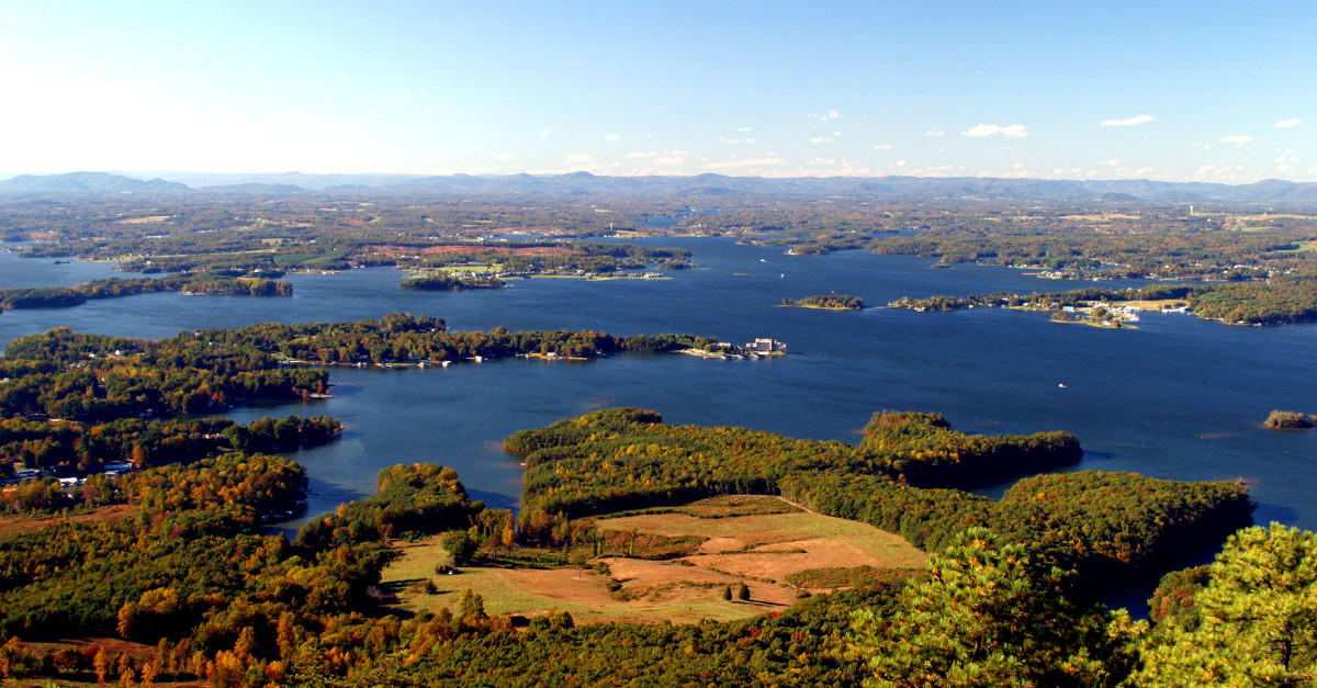 Smith Mountain Lake Hotels Locations And Information