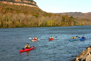 Kayaking the Tennessee River Gorge