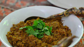 A delectable rendang beef curry will be devoured by guests.