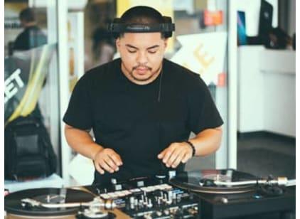 DJ Booking Book a DJ