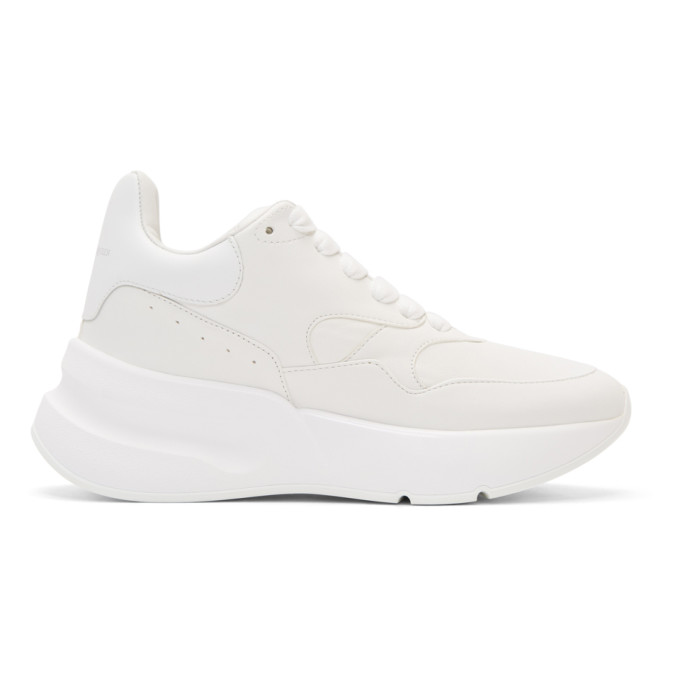 OVERSIZED RUNNER LOW-TOP SNEAKERS WHITE