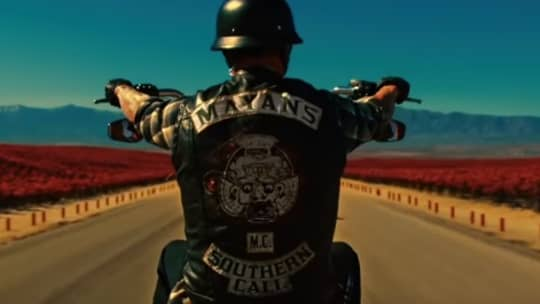 "Molotov's ""Fuga"" featured in Mayans Season 2 promo"
