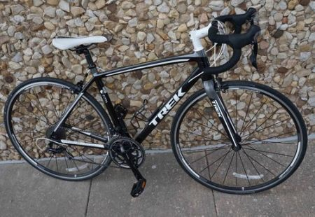 54cm Madone 2.1 Road Bike