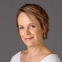 Ms Erica Grundell