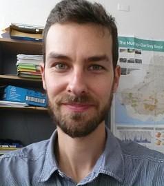 Dr Matthew Currell