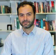 Associate Professor Ravi de Costa