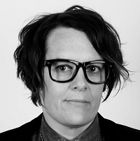 Dr Caroline Henckels
