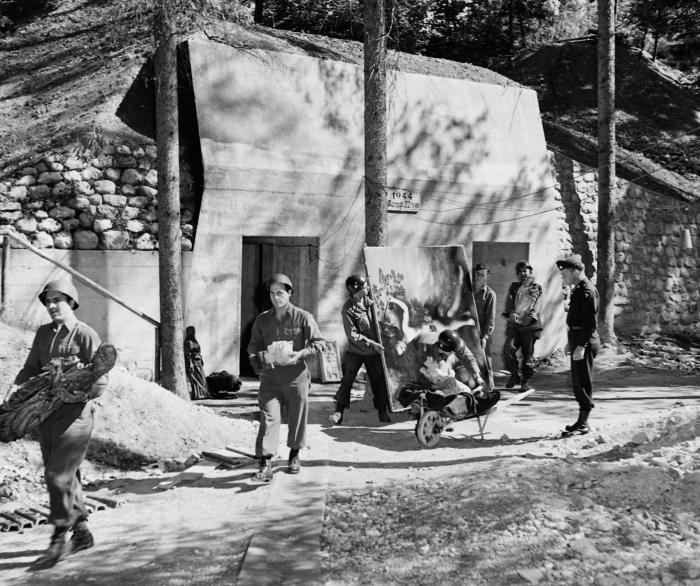 US troops empty a bunker at Herman Goering's home at Berchtesgaden of looted artworks. Oscar Oeser found treasure of a different kind there. Picture: William Vandivert/The LIFE Images Collection/Getty Images