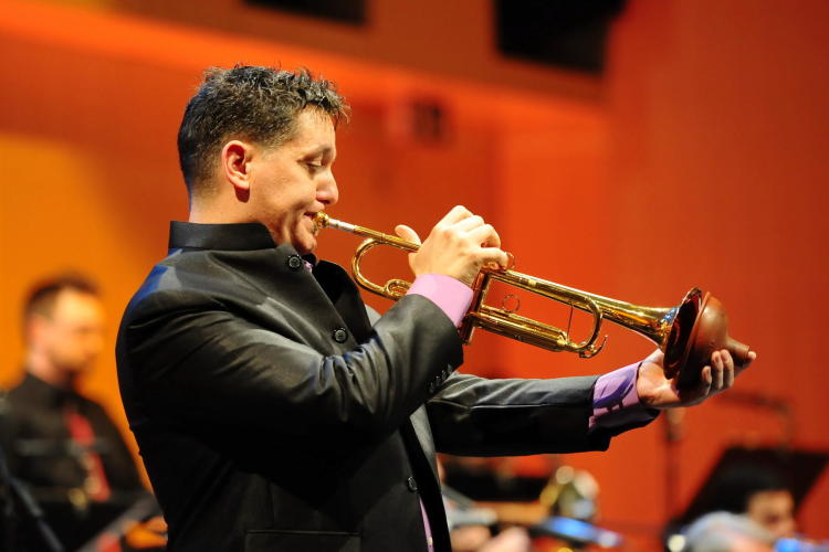 Virtuoso Brass: Rex Richardson with the Brass Ensemble