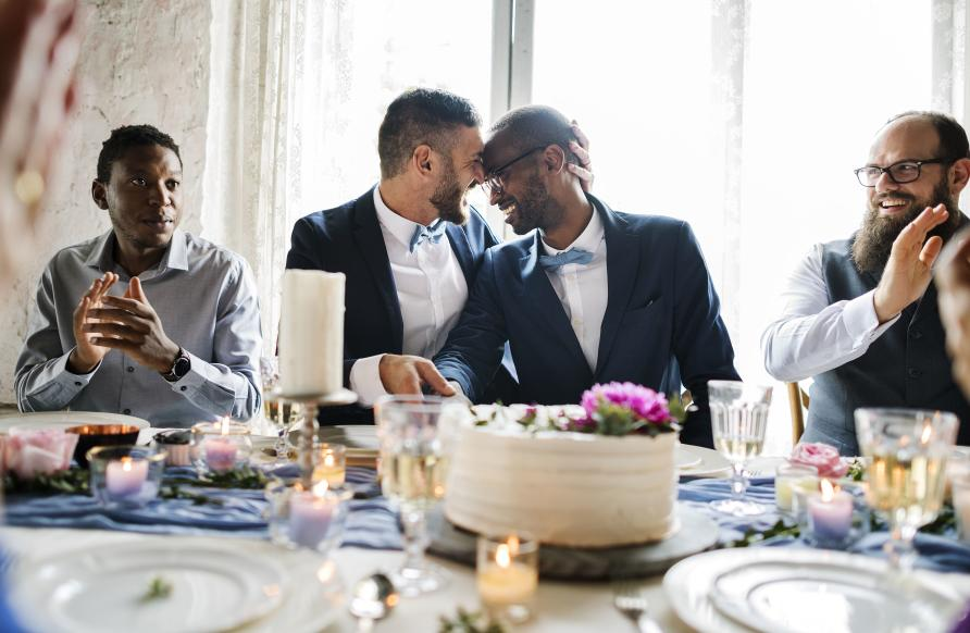 Can Pictures of same sex marriage confirm. was