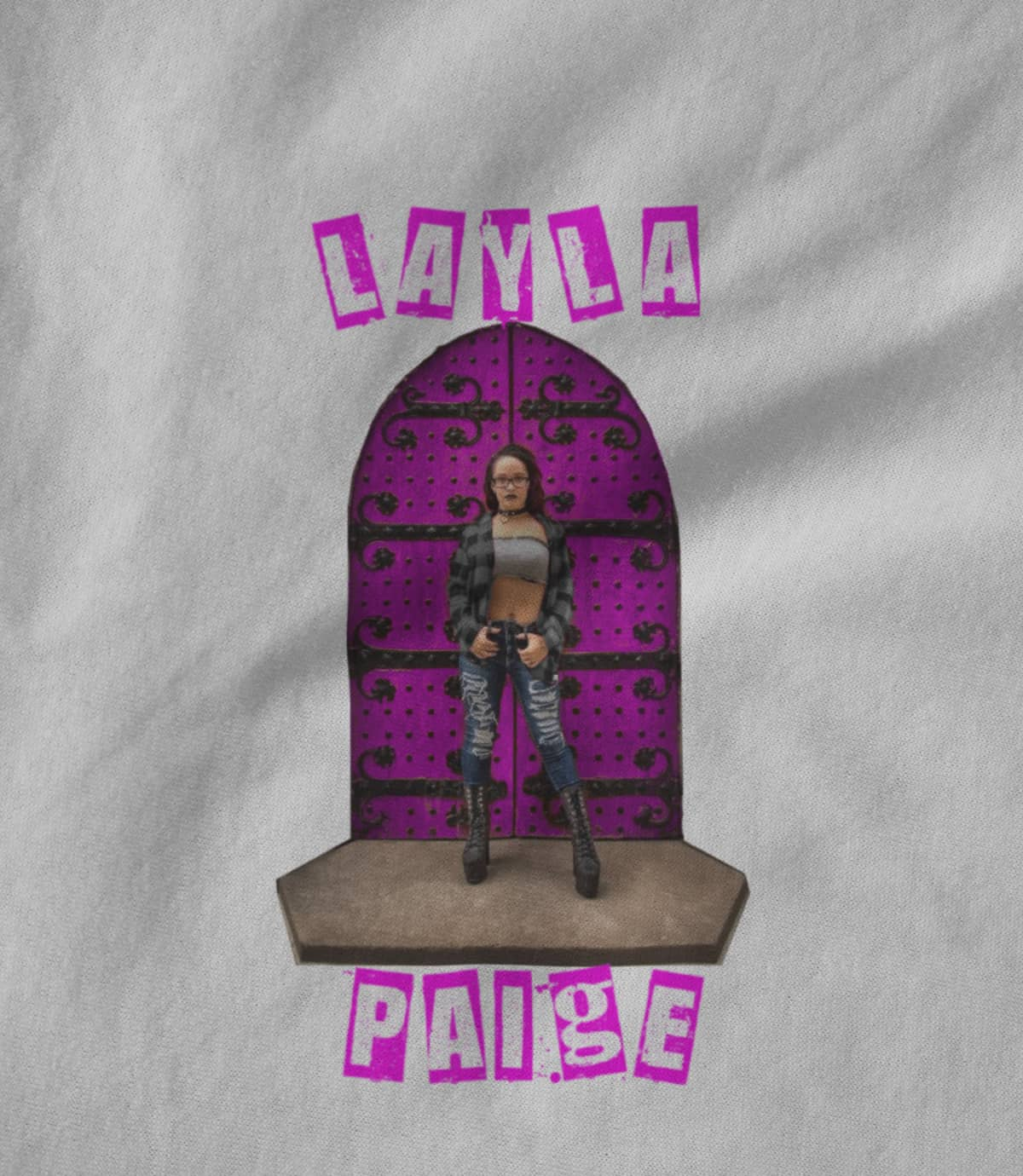 Layla paige the door 1598449001