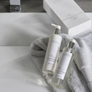 Flowers hand nail gift set from the white company flowers hand nail gift set mightylinksfo