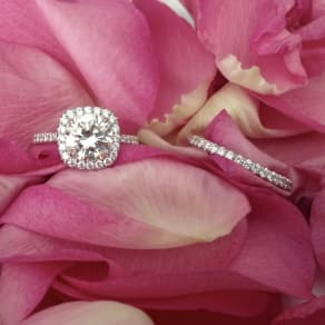 25% - 50% Off Diamond & Gemstone Jewelry