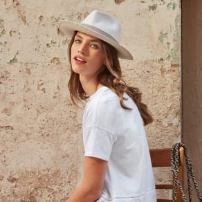The White Company | Holiday Essential Style