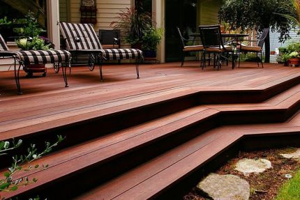 Red Balau Hardwood Decking Boards Using Hidden Fixing 21mm By 140mm By 3962-4572mm