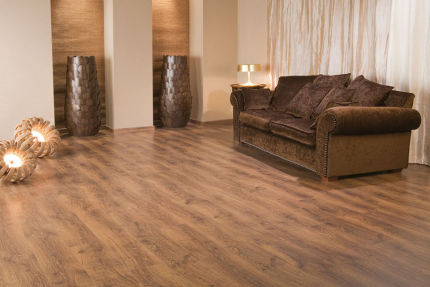 Meadow Brown Oak Laminate Flooring 8mm By 189mm By 1200mm