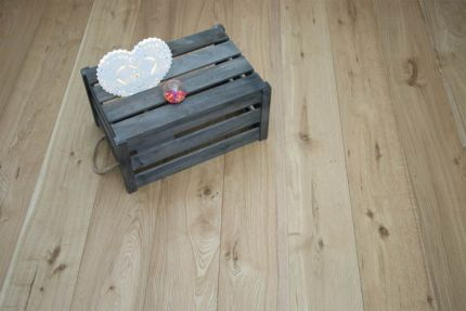 Natural Engineered Flooring Oak Brushed UV Oiled 15/4mm By 220mm By 2200mm