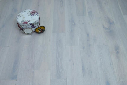 Natural Engineered Flooring Oak London White Brushed UV Oiled 14/3mm By 190mm By 1900mm