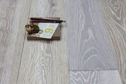 Natural Solid Flooring Oak UV Oiled White Medium 20mm By 140mm By 300-1500mm
