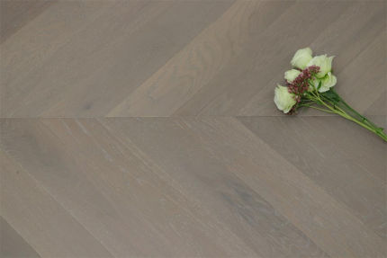 Prime Engineered Oak Chevron White Grey Brushed UV Oiled 15/4mm By 90mm By 610mm
