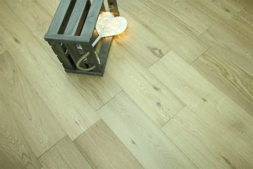 Natural Engineered Flooring Oak UV Lacquered 20/5mm By 190mm By 2200mm