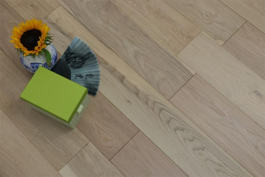 Natural Engineered Flooring Oak Non Visible UV Oiled 20/6mm By 200mm By 2200mm