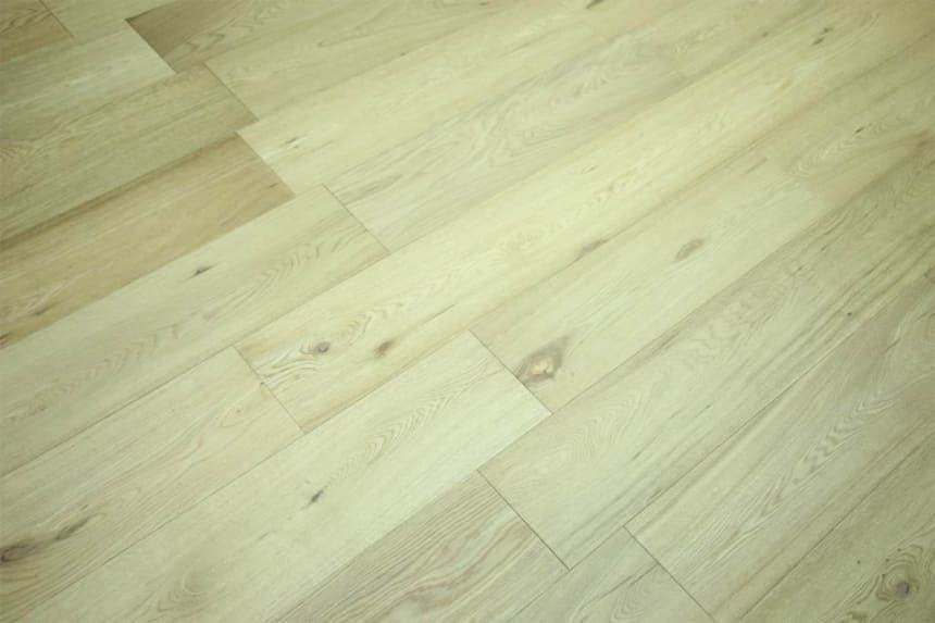 Prime Engineered Flooring Oak Brushed UV Semi Matt Lacquered 14/3mm By 195mm By 1000-2400mm