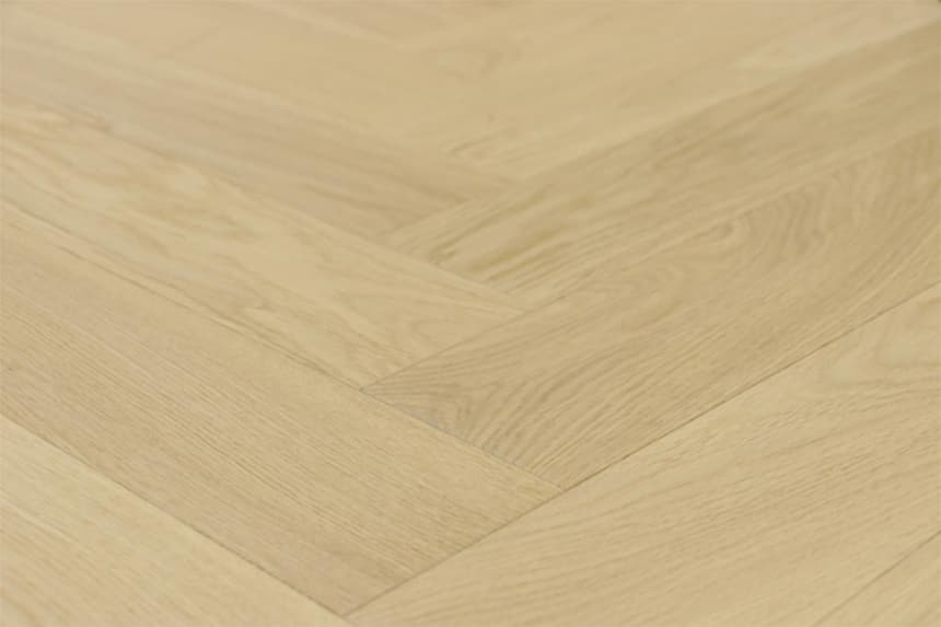 Prime Engineered Flooring Oak Herringbone Non Visible Br UV Matt Lacquered 14/3mm By 98mm By 790mm