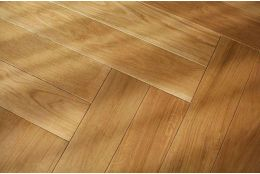 Prime Engineered Oak Herringbone UV Lacquered 8.5/3mm By 70mm By 500mm