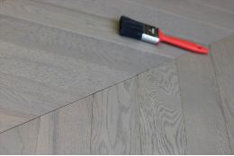 Prime Engineered Oak Chevron London Grey Brushed UV Oiled 15/4mm By 90mm By 610mm
