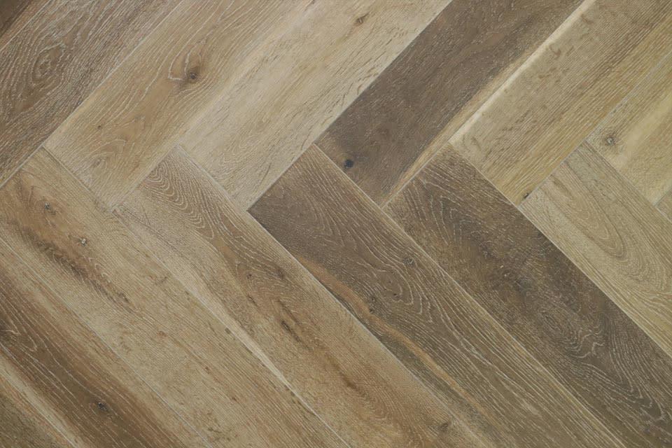 Natural Engineered Flooring Oak Herringbone Smoked White