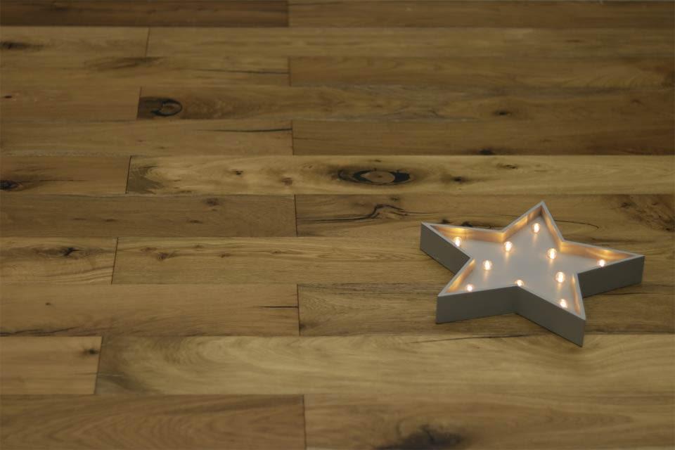 Rustic Engineered Flooring Oak Vintage Smoked Brushed Uv