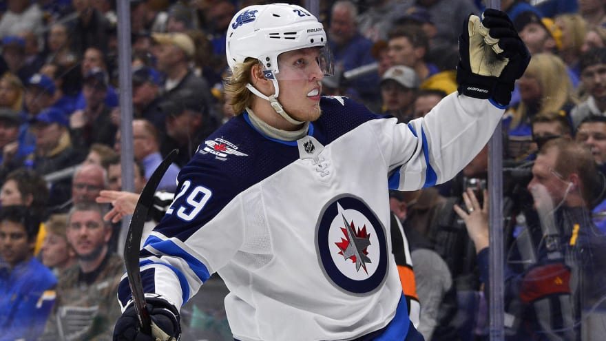 Jets sign two-time All-Star Patrik Laine to two-year, $13M deal