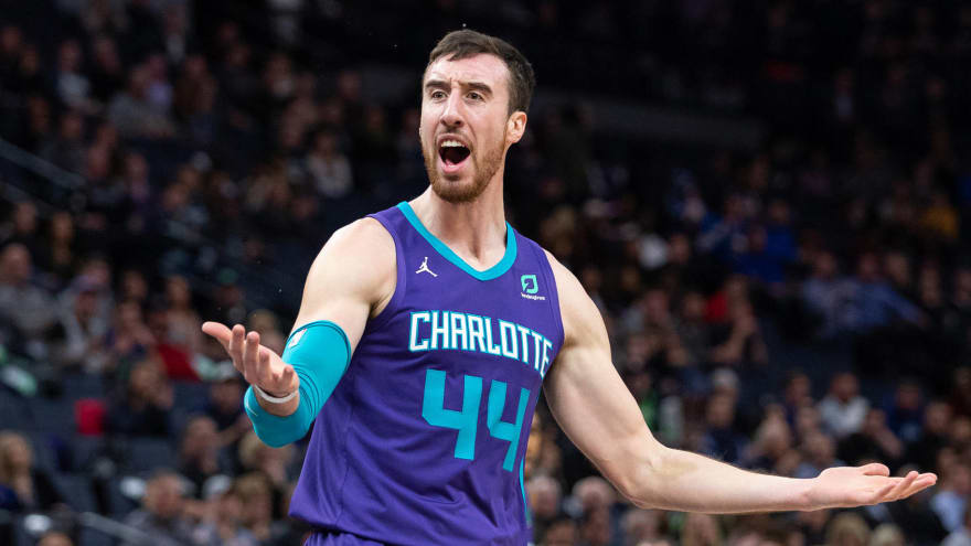Frank Kaminsky seeking buyout from Hornets