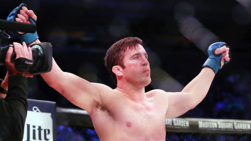 Chael Sonnen retires from MMA after loss to Lyoto Machida