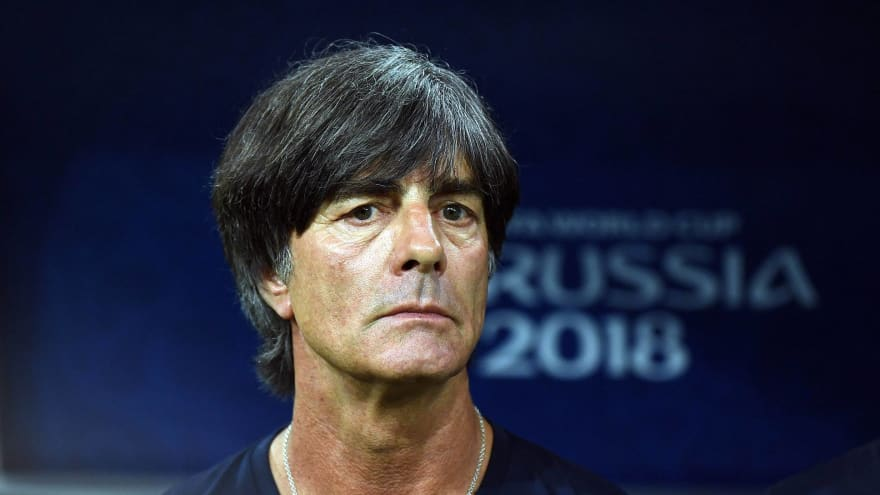 To possess or press: Joachim Low clashes with a changing generation