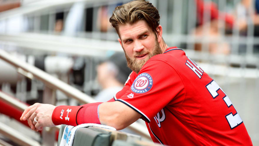 Magic Johnson reportedly led free agent pitch for Bryce Harper