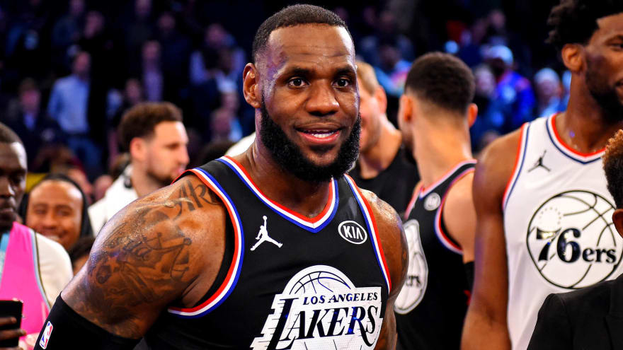 LeBron James backs California bill to allow college athletes to earn endorsement income