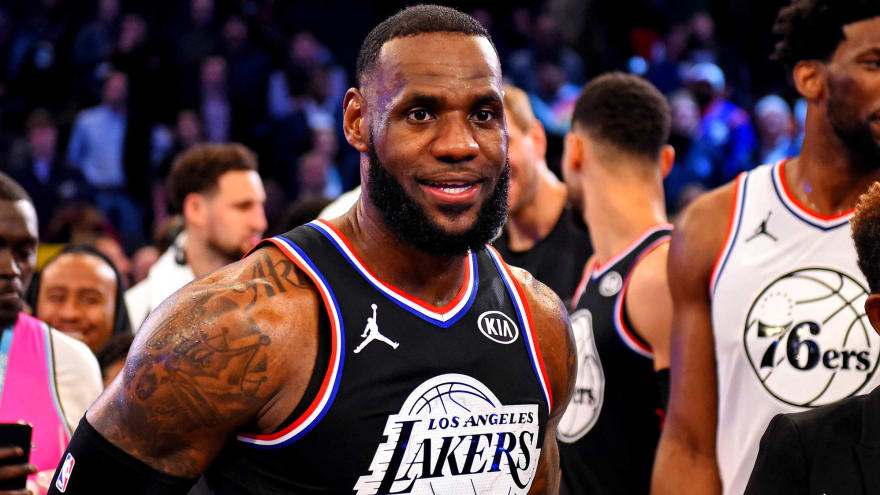 LeBron James' play since return reportedly has Lakers 'a little concerned'