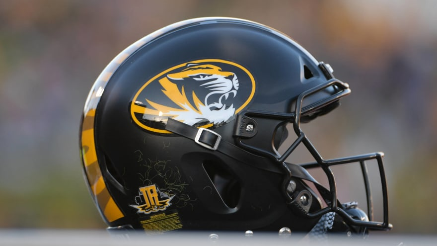 Missouri LB coach Vernon Hargreaves arrested after missing