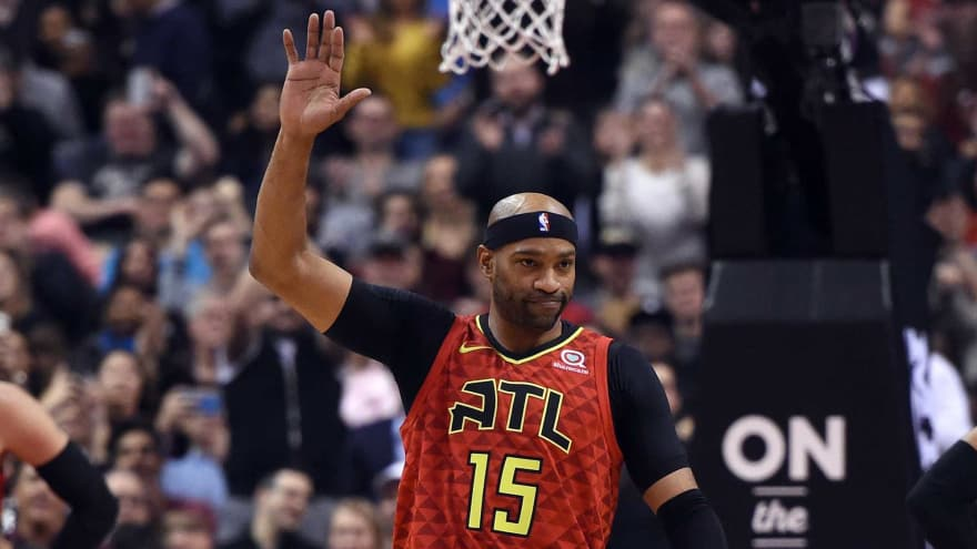 Did Vince Carter hint at playing next season after game vs. Raptors ... 1991e3f57