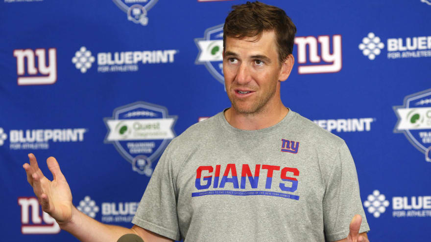 Eli Manning on future: 'Play this year and go from there'